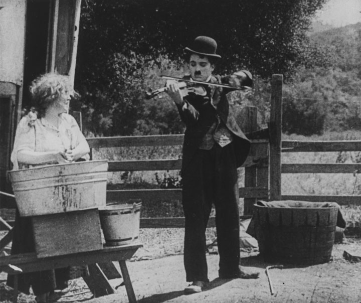 an analysis of the gold rush by charlie chaplin Autobiographical starvation scenes from the gold rush:  most movies defy systematic in-depth psycho-analysis but in the case of charlie  charlie chaplin.